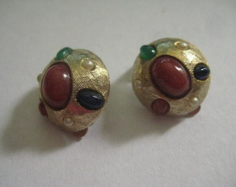 Signed Art Jewels of India Clipback Earrings in Gold Plate