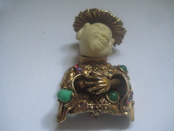 HAR Laughing or Smiling Chinaman in Goldtone with