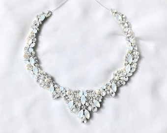 Statement wreath collar necklace, gold Rhinestone Bridal Bib Necklace, wedding Necklace, handmade rhinestone necklace, collar necklace