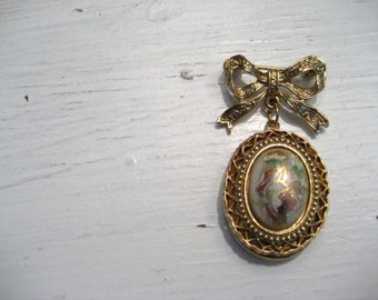 Vintage Cabochon Locket and Bow Brooch