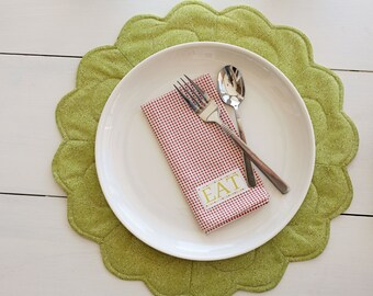 Scalloped Place Mats- Download Pattern