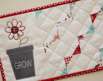 Flower Mini Quilt- Download Pattern