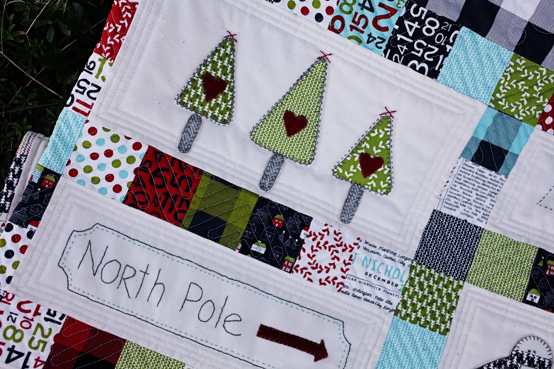 Christmas Quilt Patterns.Hometown Christmas Quilt Pattern