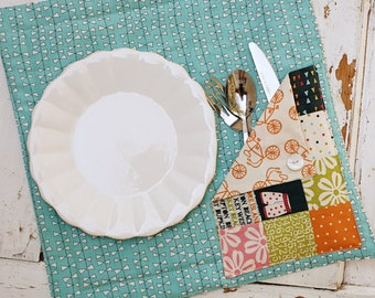 Lucy's Lunch Mat - Download Pattern