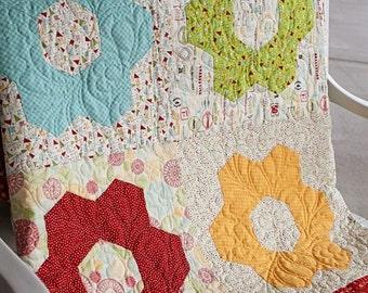 Centerpiece Quilt Pattern - Download