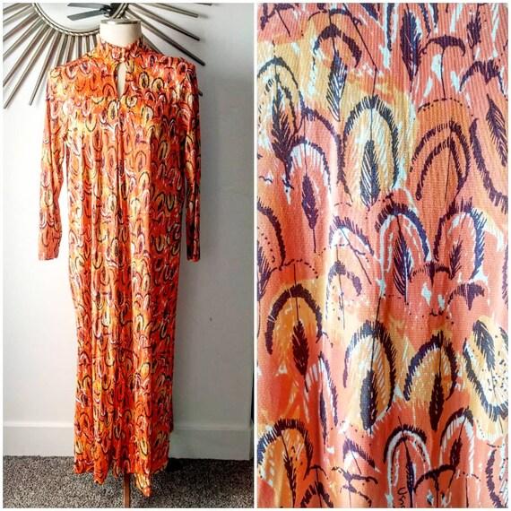 Gorgeous VERA NEUMANN Hostess Dress with Orange Fe