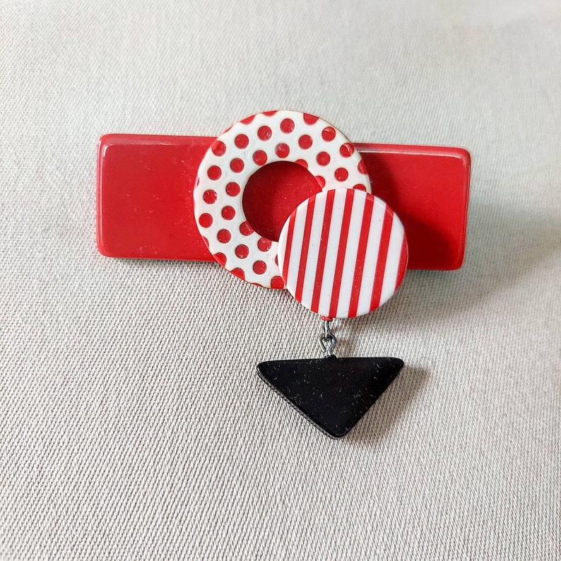 1980s Totally Rad Red Memphis Design Style Plastic Fashion Pin