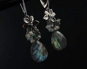 Myosotis - silver earrings with labradorite