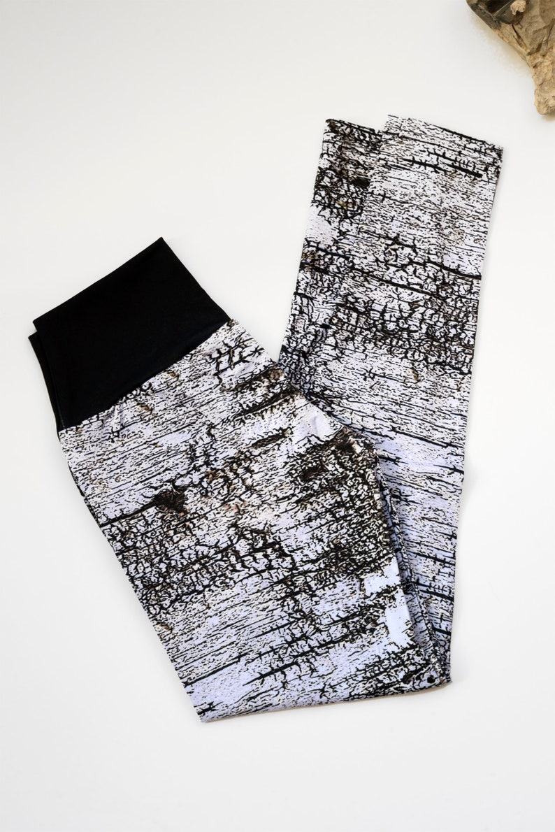 Abstract Birch Bark Print Yoga Leggings Size M Nature and image 0