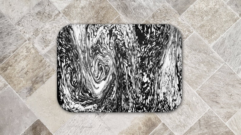 Black and White Marble Swirl Bath Mat Soft Microfiber Surface image 0