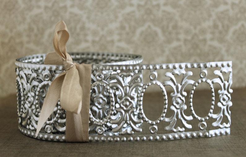 Embossed Oval Frames Silver Metal Garland Vintage Style Etsy