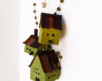 Houses felt ornaments, Decorations hanging, Set of 3 cottages, Housewarming Gifts, Green tones.
