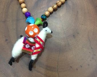 Girls boho necklace, Lama jewelry, Boho chic jewelry, Girls beaded necklace , Simple beaded necklace. Gift for girls, kids jewelry, Animal