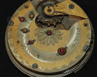 Gorgeous Vintage Antique  Pocket Watch Movement  Steampunk Altered Art QR  19