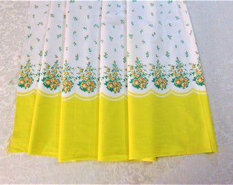"Vintage Pillowcase Fabric Border Print Pillow Case Cotton Fabric 3 Yds. Yards Yellow Green Floral Unused 106"" x 36"" 1950s Vintage Bed Linens"