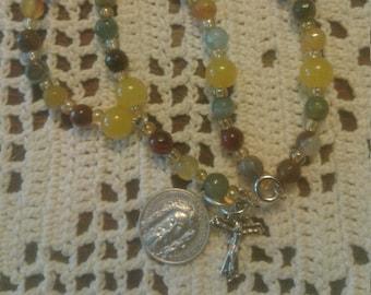 Holy Face of Jesus, Chaplet, Bracelet, Devotional, Holy Face Medal, Gift Idea, Catholic Devotional Chaplet, Bracelet Chaplet, Relic Card,