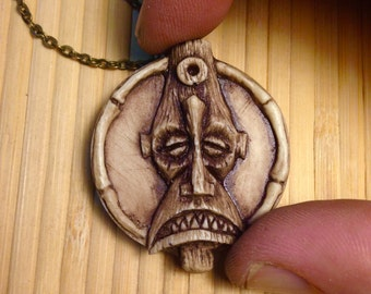 Tiki-Turvy pendant