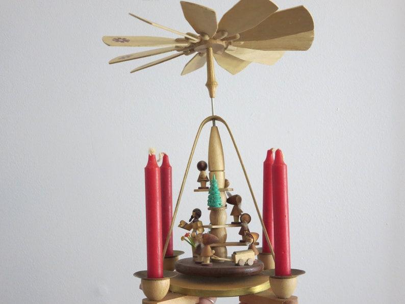 Erzgebirge Christmas Carousel - Snow White and Seven Dwarfs Christmas Pyramid