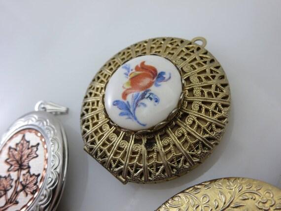 Lockets - Pendants and Bracelet Lot, Gold Silver … - image 3