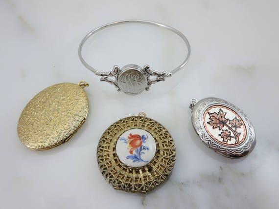 Lockets - Pendants and Bracelet Lot, Gold Silver … - image 9