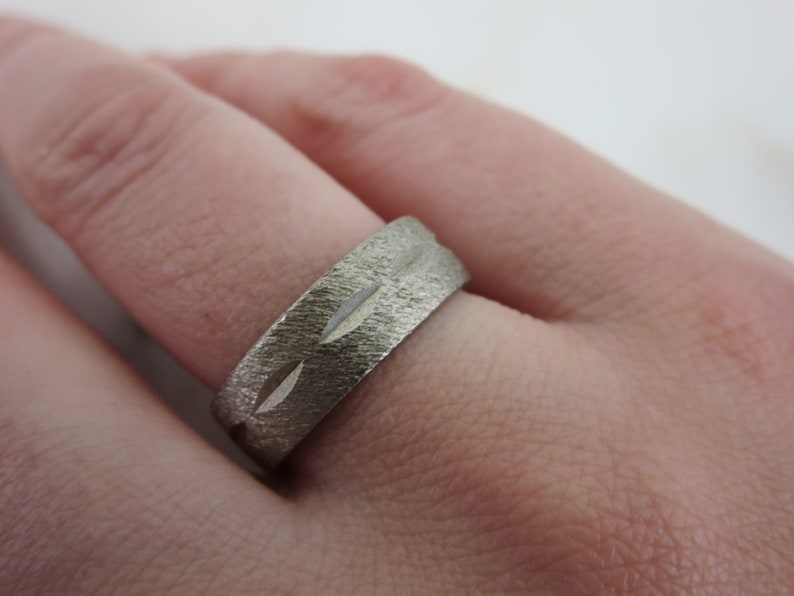 Textured Silver Tone Band Ring Size 6 Vintage Rings for Men or Women Diamond Cut