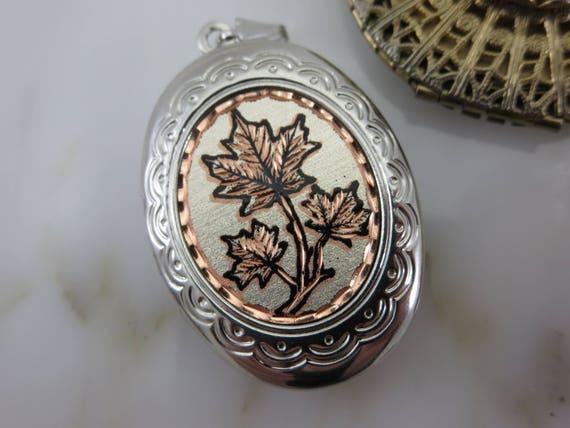Lockets - Pendants and Bracelet Lot, Gold Silver … - image 4