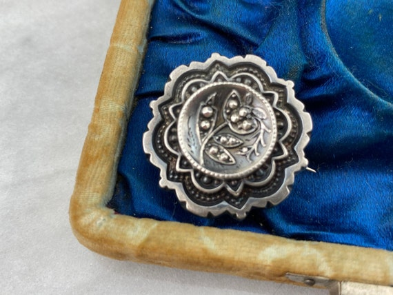 Victorian Mourning Brooch - Sterling Silver Antiqu