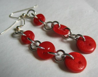 Delicate Buttons Dangle Earrings in Red