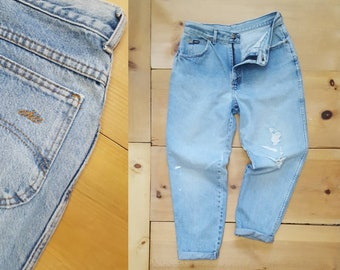 """Vintage Distressed Thrashed Faded Denim High Waist Tapered Leg Jeans w/ Hole at the Knee Made in the USA by Chic   //  30"""" waist"""