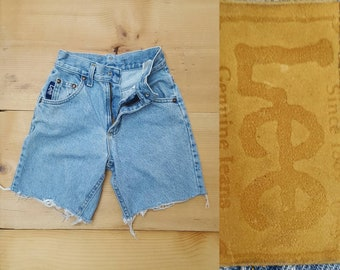 Vintage Kids LEE Cut Off Jeans // 90s Child Size Faded Distressed Light Wash Denim Shorts // unisex children size 9 slim