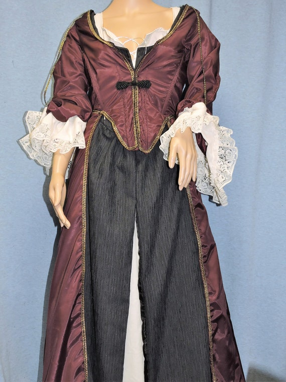 Custom made Elizabeth Swann 3 piece set linen shift. overdress with corset and under dress