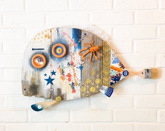 SALE!!! 25% off!! Was 420, now 300!! Gold Star I'a, Driftwood Wall Art, Reclaimed Wood, Navy blue, white, gold, pesce, pescado, poisson