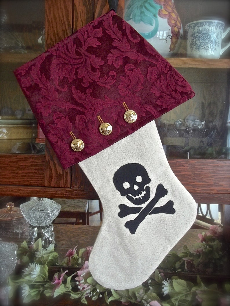 Men/'s Christmas Stocking Skull And Crossbones Pirate Christmas Stocking Christmas Pirate Pirate Gifts Pirate Decor Canvas Stocking