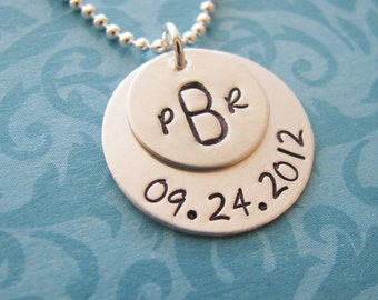 custom monogram wedding anniversary necklace