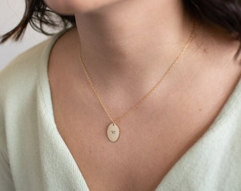 Oval Initial Pendant Necklace, Oval Letter Necklace, Oval Disc Necklace, Initial Necklace Gold Filled, Personalized Jewelry Gift Grandma