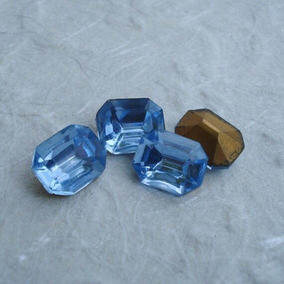 10x Czech Glass Stones Aquamarine Blue Oval Aqua Pointy Back 10mm x 8mm Vintage