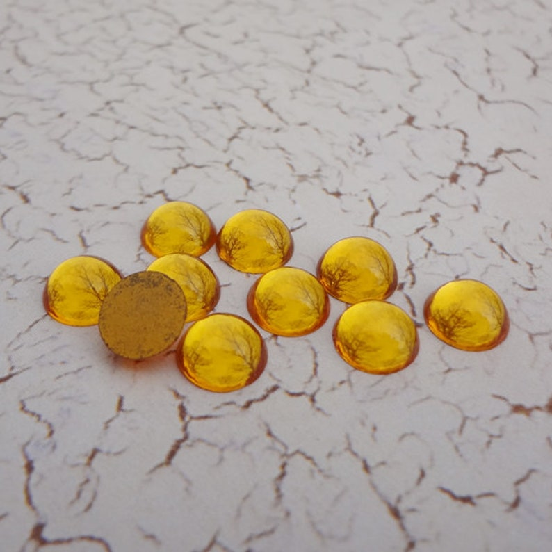 8mm Topaz Gold Foiled Flat Back Round German Vintage Glass Cabs 24pcs