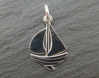 Sterling Silver Sailing Boat Pendant 17mm