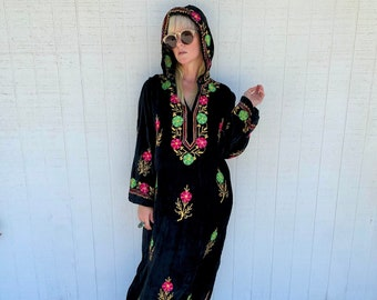 60s Vintage Embroidered Hooded Kaftan Black Velvet Maxi Dress Bohemian Clothing Witchy Vibes Goth Clothes