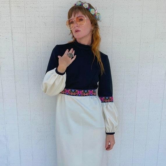 Vintage 60s Maxi Dress FAIRYCORE Clothing Hippie … - image 7