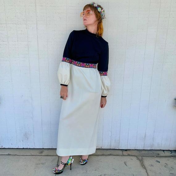 Vintage 60s Maxi Dress FAIRYCORE Clothing Hippie … - image 3