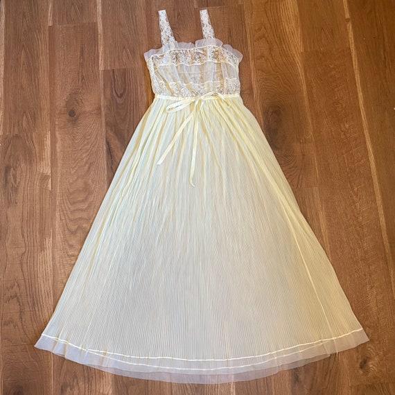 Vintage Pale Yellow Lace Slip Dress Whimsical Fai… - image 1