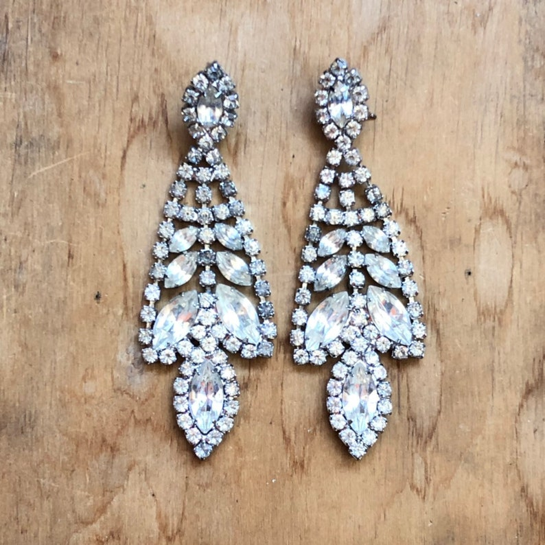 Vintage Art Deco Bridal Jewelry Sparkly Earrings Great image 0