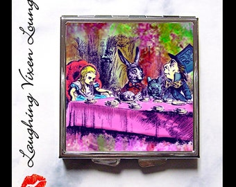 Mad Hatter Pill Box - Alice In Wonderland - Compact Mirror - Pill Case - Purse Mirror - Diaper Bag Mirror - Tea Party Psychedelic