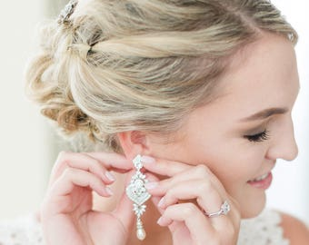 Chandelier Earrings Wedding Jewelry Statement Bridal Earrings Crystal Pearl Earring Champagne Powder Almond White Ivory Bridal Jewelry EVIE