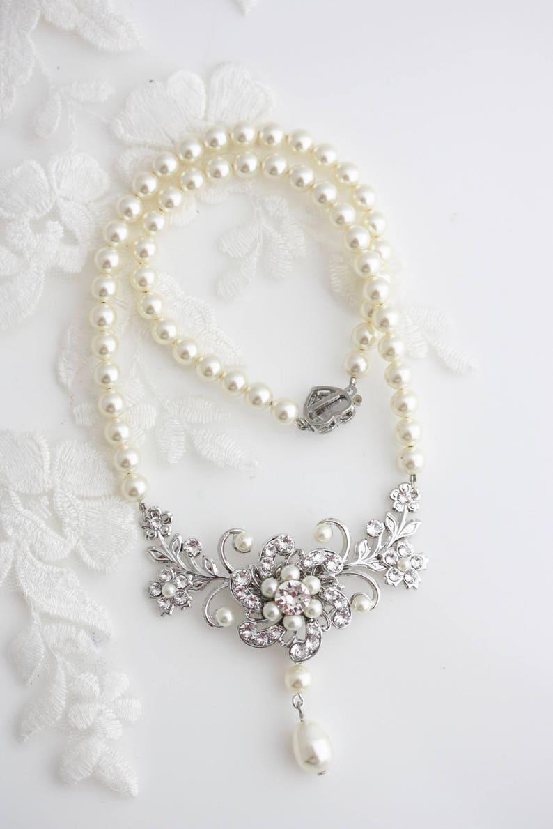 ba5448613 Wedding Necklace Ivory Pearl Bridal Necklace Vintage style | Etsy