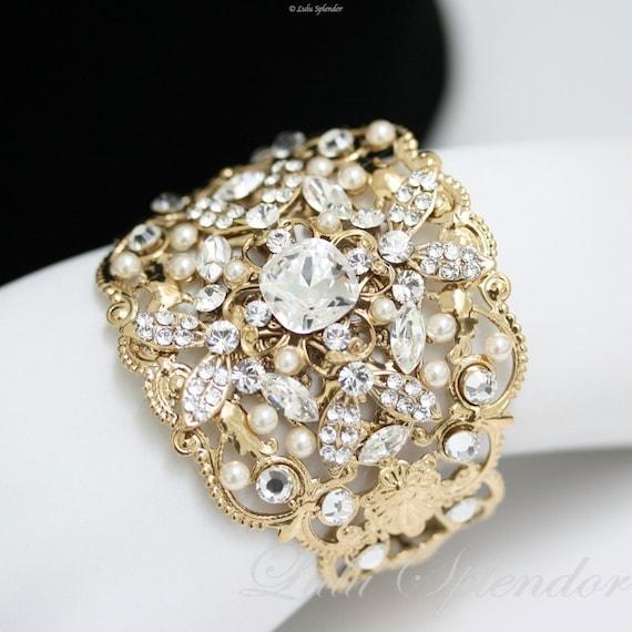 gold hochzeit manschette armband swarovski kristall etsy. Black Bedroom Furniture Sets. Home Design Ideas