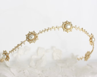 Bridal Tiara Small Gold Wedding Tiara for Bride Pearl Gold Leaf Headpiece Halo Bridal Wedding Crown Handmade Tiara PERCY TIARA