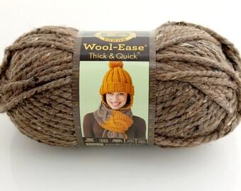 Lion Brand Wool-Ease Yarn. Thick. Barley. Chocolate. Brown. Cream. Bulky.