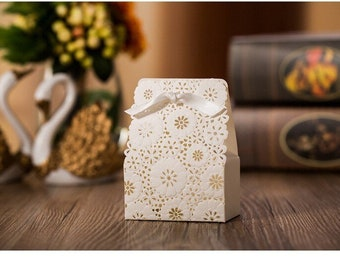 Flower Party Favor Box. Wedding. White. Spring. Winter. Candy. Gift. Birthday. Romantic.